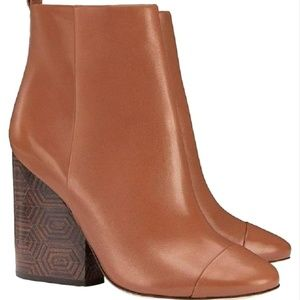TORY BURCH Grove Bootie geometric Heel Royal Tan